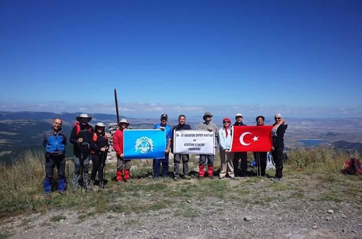 26-30 Ağustos Zafer Haftası ve Atatürk'e Saygı Tırmanışı yapılmıştır